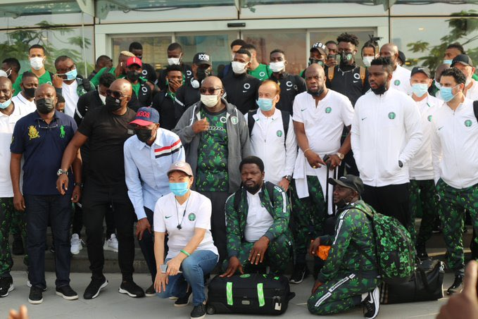 Photostory: Super Eagles Head To Republic Of Benin For AFCON Qualifier - Vantage News Nigeria