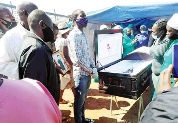 Slain Man's Family Holds His Funeral Service At His Alleged Killer's Home - Vantage News Nigeria