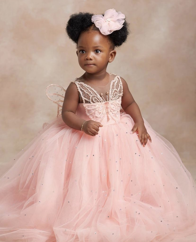 Simi, Adekunle Gold Celebrate Daughter At One With Adorable Pictures - Vantage News Nigeria